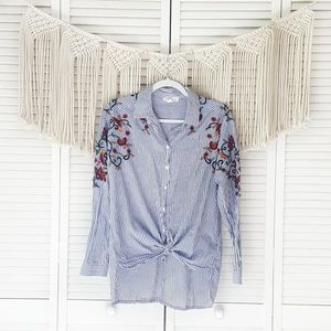 BEACHLUNCHLOUNGE Striped Floral Embroidered Top M